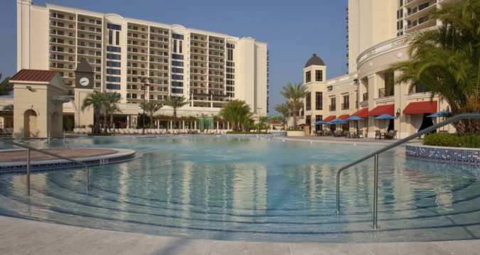 Parc Soleil Pool