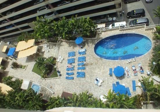 Wyndham at Waikiki Beach Walk-3