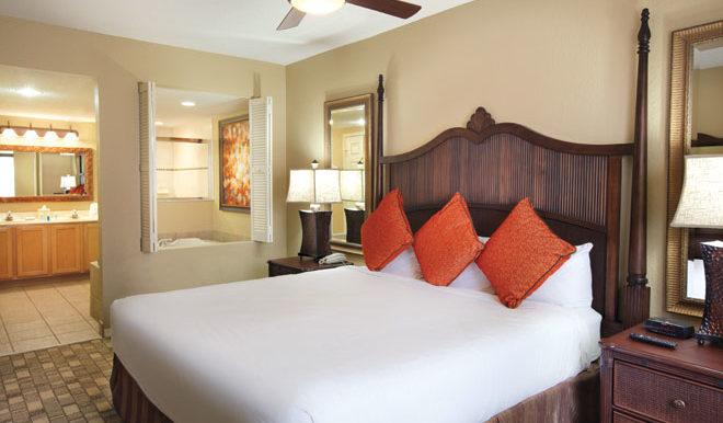 wyndham-palm-aire-pompano-beach-florida-masterbedroom